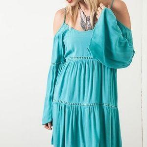 Umgee Off the shoulder mini dress green size M